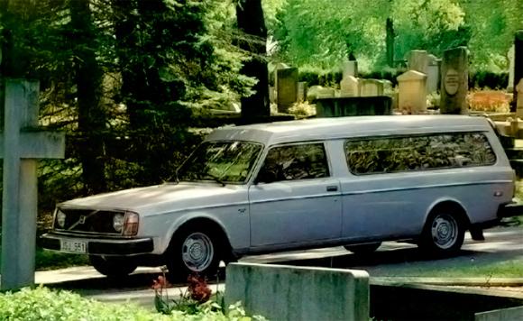 volvo-240-hearse